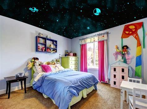 plafond chambre enfant 4 ans de gagnez un kit l atelier des etoiles