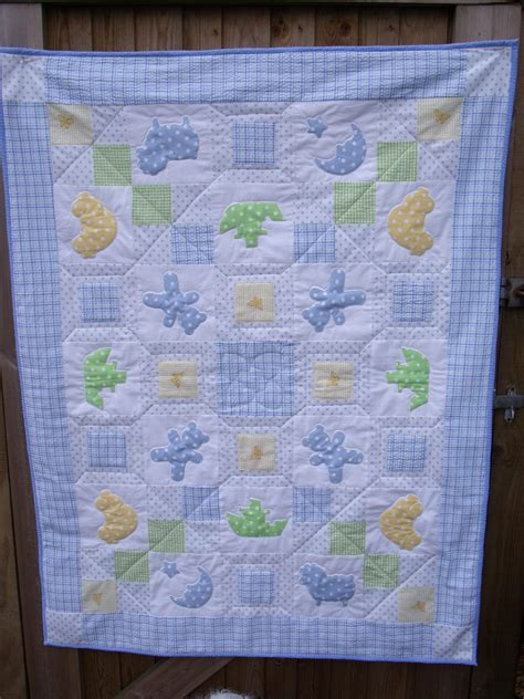 patchwork baby applique baby patchwork pattern quilt 49 quot x 37 quot the