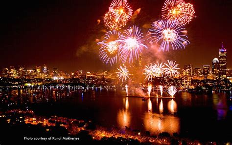 Boston Fireworks and Concert 2018 July 4th   Boston