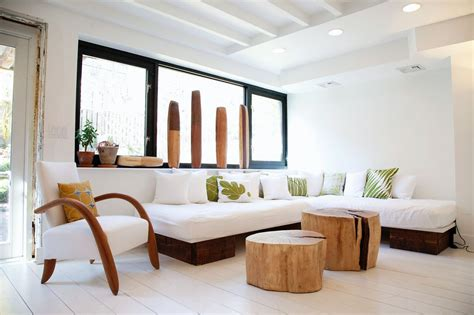 livingroom brooklyn lyndsay caleo and fitzhugh karol s house in brooklyn