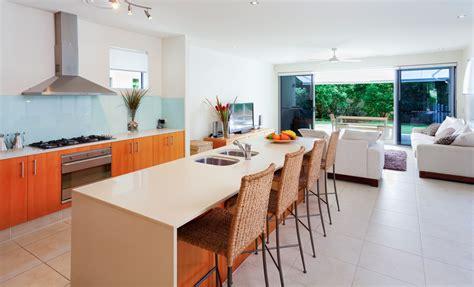piastrelle interni moderni pavimenti chiari per interni moderni prezzi e consigli