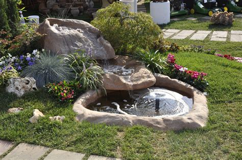 rocce da giardino prezzi decorazione giardino da fontane