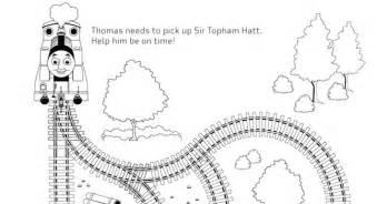 thomas the tank engine maze thomas party favors pbs