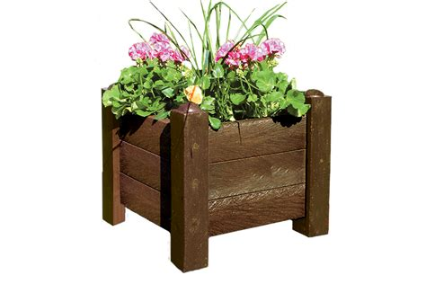 recycled plastic picnic tables planters the hideout