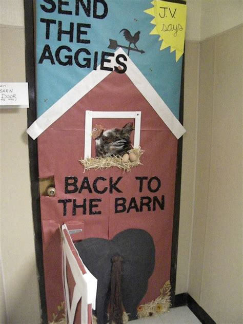 Homecoming Door Decorating Ideas by Christian Door Decor Homecoming Door Decorating Contest