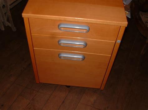bureau couleur miel caisson 224 tiroirs de bureau ikea couleur miel petites
