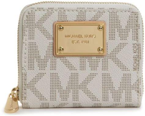 Mk Sml Wallet michael kors mk logo small ziparound wallet in white vanilla lyst