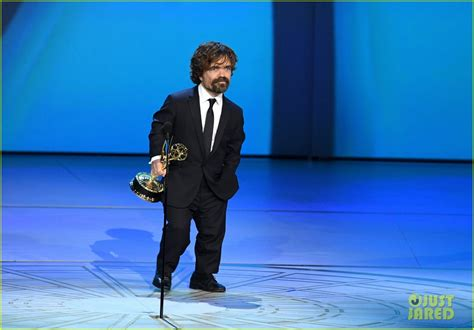 peter dinklage emmy 2018 peter dinklage wins third emmy for game of thrones