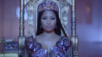 Nicki Minaj Nicki Minaj Pays Fans Student Loans And College