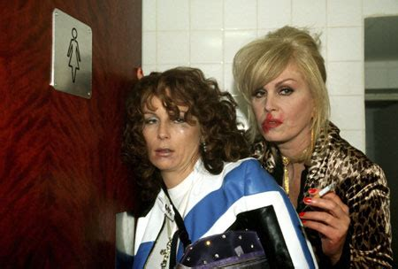 Ab Fab Fabsugar Want Need by 20 Signs You Re Drunkety And Need To Go