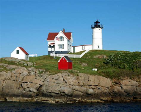 Cape Neddick Light by Nubble Lighthouse Cape Neddick Light York Maine Flickr
