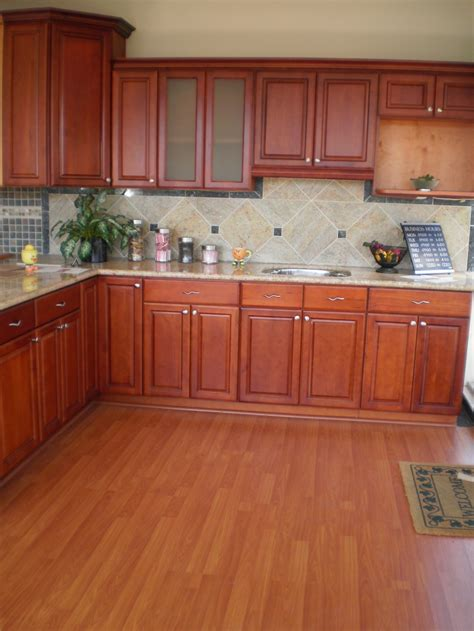 cherry vs maple kitchen cabinets dark cherry maple cabinets myt kitchen cabinet design