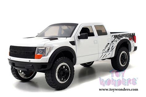 2011 ford f 150 svt raptor 96867 1 24 scale toys bigtime kustoms wholesale diecast