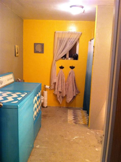 Blue And Yellow Bathroom Ideas Diy Yellow Gray And Blue Bathroom Decor Painted Chevron