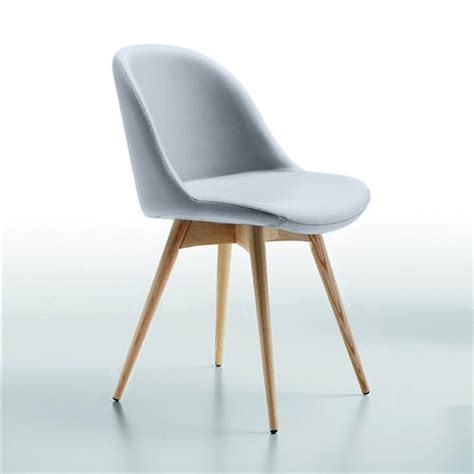 chaise scandinave simili cuir gris midj sur cdc design