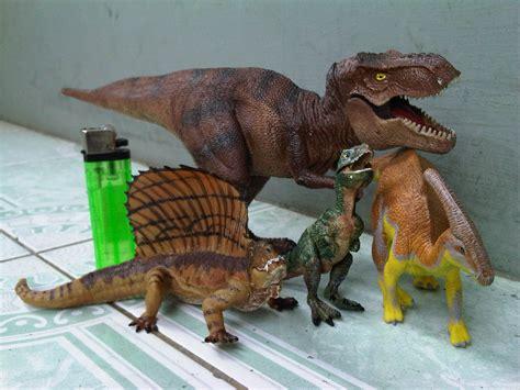 Animal World Dinosaurus Isi 6 jual mainan dinosaurus mainan toys