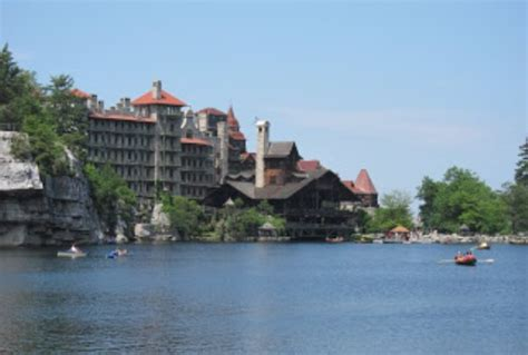 mohonk mountain house day pass first family vacation with a baby traveling mom