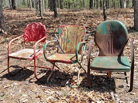 painting metal lawn chairs how to paint and metal outdoor chairs hometalk