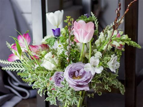 flower arranging basics 11 flower arranging tips something about that