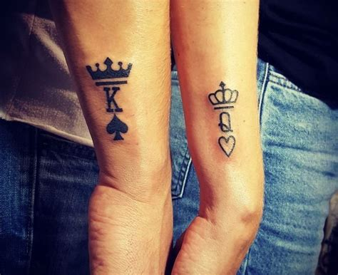 simple tattoo for her download simple queen tattoo danielhuscroft com