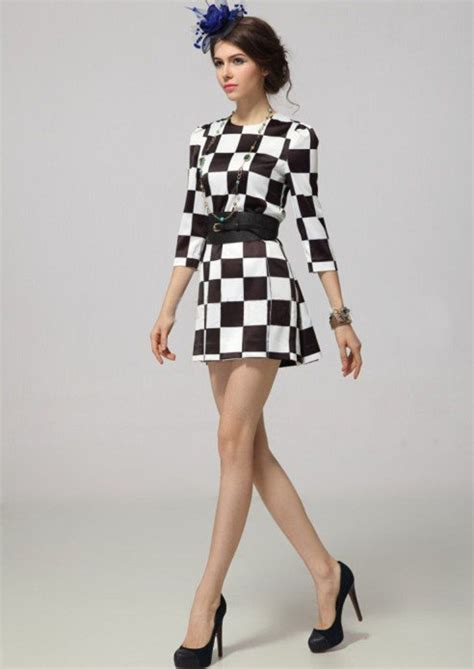 black and white fashion pattern be attractive with black white fashion