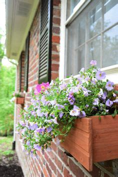 hanging window boxes vinyl siding window boxes and how to hang on