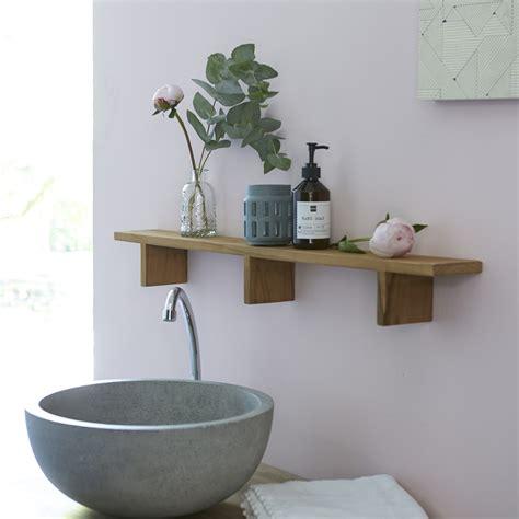 scaffali per bagno scaffale a muro da bagno in teak bahya prezzo tikamoon