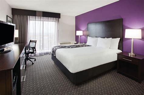 la quinta rooms la quinta inn suites bloomington west hotels in bloomington mn