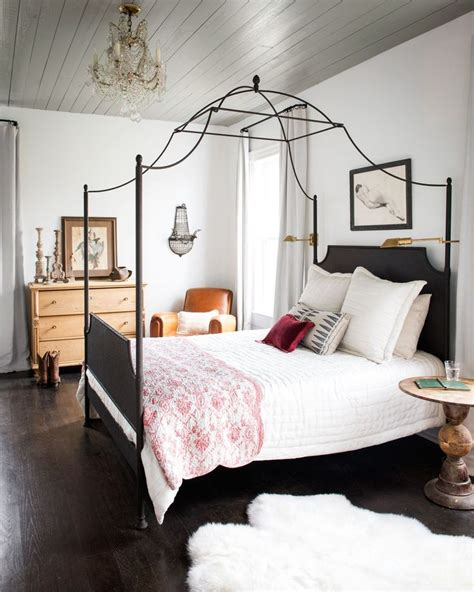 canopy bed master bedroom best 25 iron canopy bed ideas on pinterest canopy beds