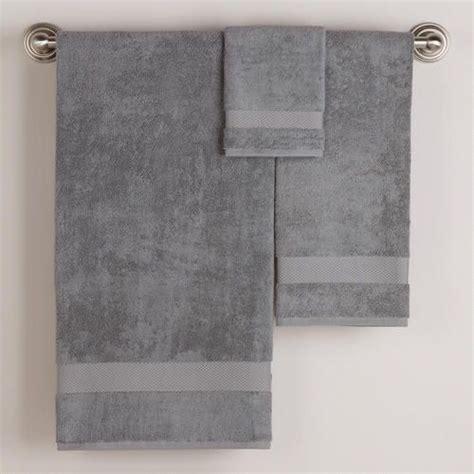 how to display bathroom towels 25 best ideas about bathroom towel display on pinterest