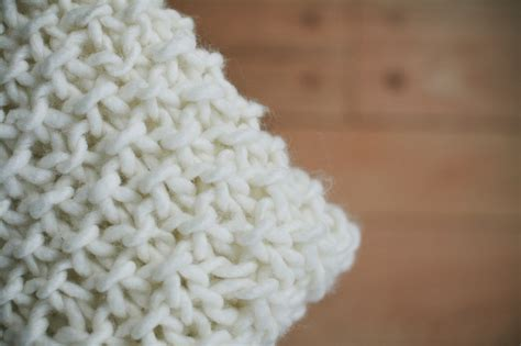 chunky knit baby blanket chunky yarn baby blanket pattern images