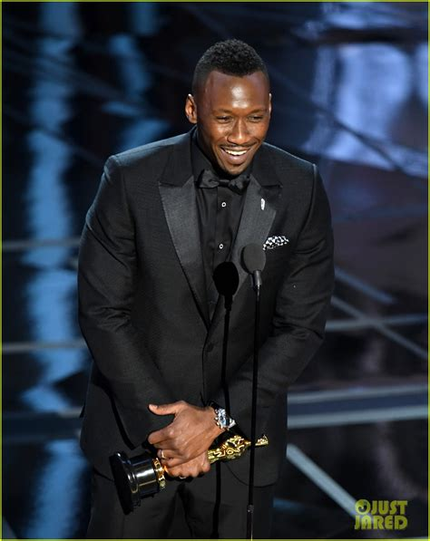 2017 best supporting actor mahershala ali wins best supporting actor at oscars 2017