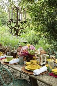 Farmhouse Patio Ideas 15 Outdoor Thanksgiving Table Settings For Dining Alfresco