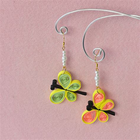 How To Make Paper Ear Rings - how to make quilling paper butterfly dangle earrings with