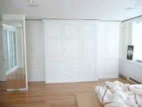 Wall To Wall Closet Doors by Pin By Peg Sasker On For The Home