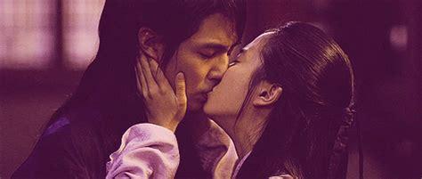 Drama Korea Hong Dil Gong f箘lm jo in sung a frozen flower 2008 yeppudaa