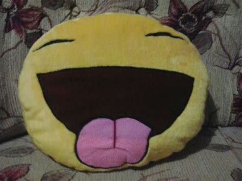 Jual Bantal Boneka by Jual Boneka Bantal Emoticon Boneka Bantal Dengan