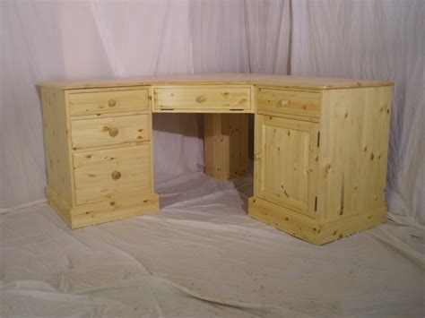 Corner Desk Pine Pine Corner Desk Image Search Results Picture To Pin On Pinterest Thepinsta