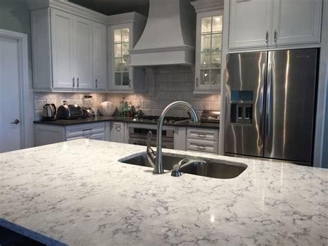 rococo quartz quartz countertop viatera by lg hausys in rococo