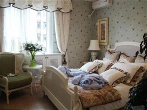 french men in bed tapete la moda potrivite pentru dormitor