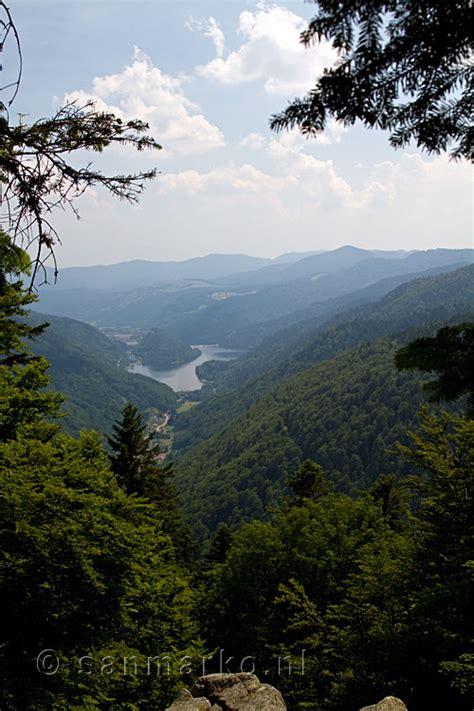 het dal en het meer van kruth en wildenstein  de vogezen  frankrijk vogezen