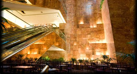 trumps home in trump tower midtown restaurants bars shopping trump tower nyc
