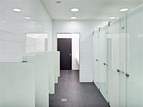 bagni publici scritte nei bagni pubblici scritte nelle toilette