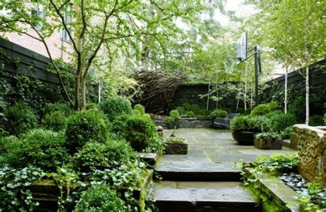 backyard nyc 26 beautiful townhouse courtyard garden designs digsdigs