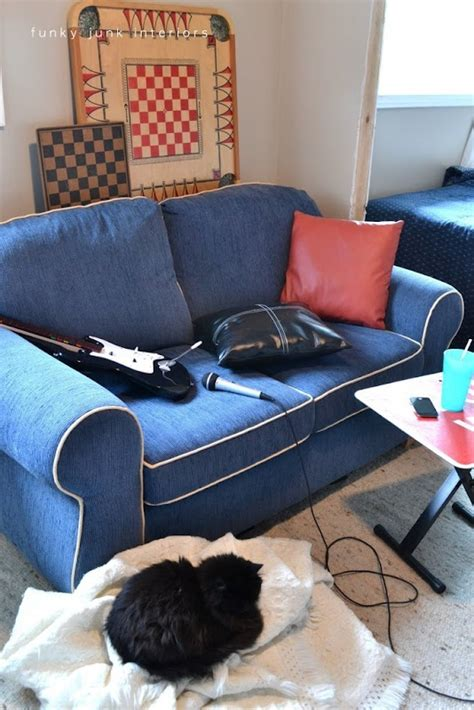 teens have on couch 12 best images about boys new bedroom on pinterest loft
