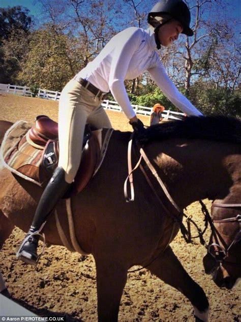 yolanda foster horse riding gigi hadid puts online trolls in their place saying she s