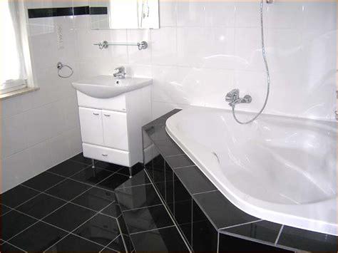grundlegende badezimmer designs bad schwarz wei gefliest ragopige info