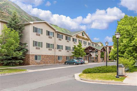 comfort inn glenwood springs co quality inn suites on the river in glenwood springs co