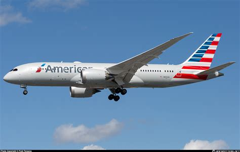 American Airlines american airlines airplane flying www imgkid the
