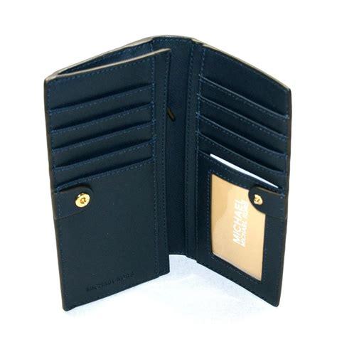 Michael Kors Travel Wallet Navy michael kors jet set travel leather slim wallet clutch navy white 32h3glse3b michael kors